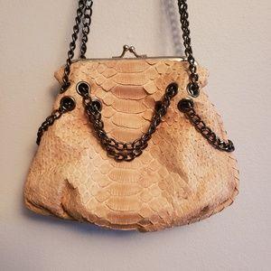 Vintage handbag in mint condition!